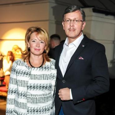 Дмитрий Слоссер с супругой